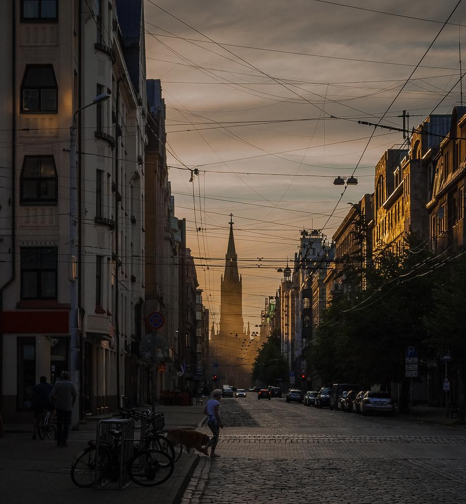 Most impressive street panorama.  21:15:01 DSC_6334
