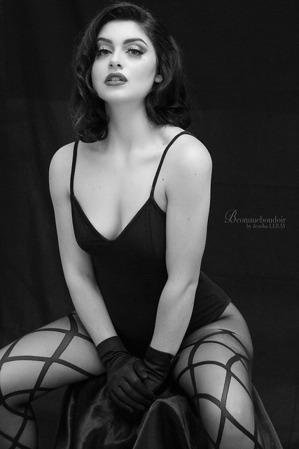 19022020-20200219, MelleZerah, Séance photo, portrait, shooting, sensuelle, book, inspiration, beauty, blackandwhite, fashion, cadeau, insolite, Bcommeboudoir, Jessika LERAY, Photographe, Paris, Studio, IMG_1105