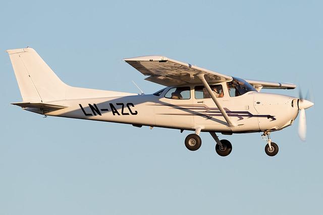 LN-AZC Cessna 172S OSM Aviation Academy