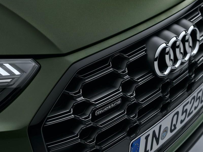 2021-Audi-Q5-64