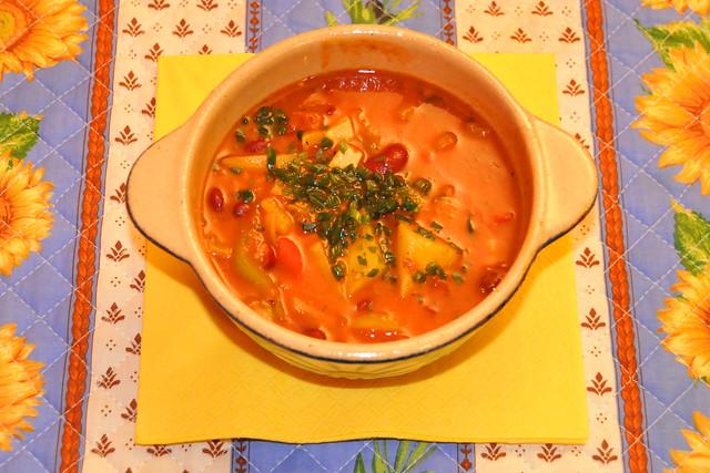 Juni 2020 ... Serbische Bohnensuppe, vegetarisch ... Brigitte Stolle