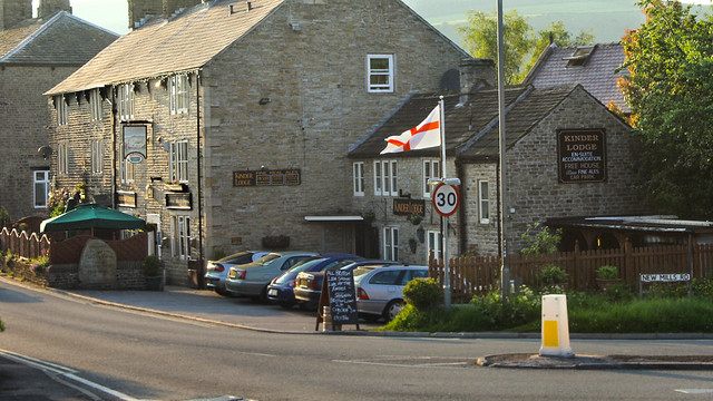 Kinder Lodge pub with English flag