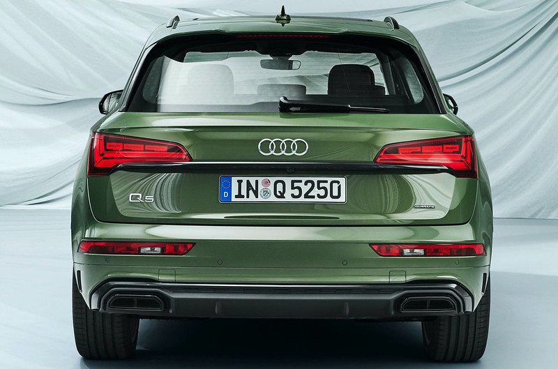 2021-Audi-Q5-74