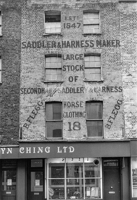 Saddler, Monmouth St, Covent Garden, Camden, 1987 87-2c-13-positive_2400