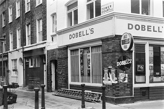 Dobells, Records, Tower Court, Camden, 1987 87-2d-63-positive_2400