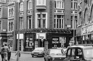 Wardour St, Soho, Westminster, 1987 87-2f-55-positive_2400