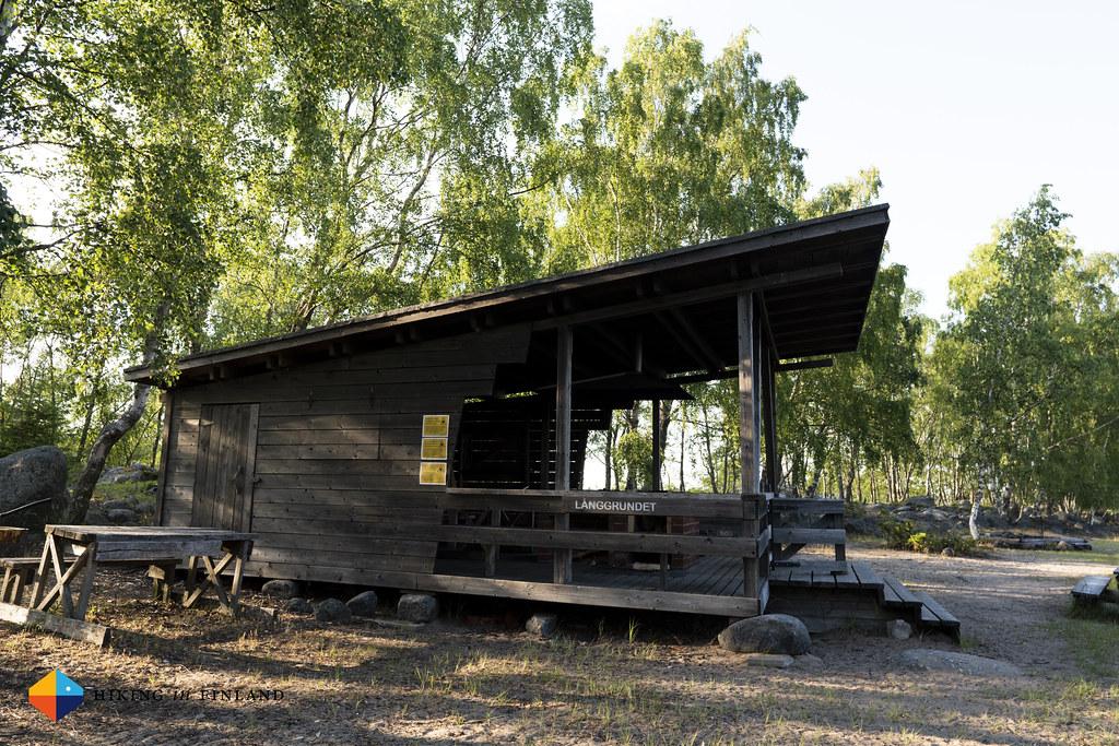 Långgrund Hut