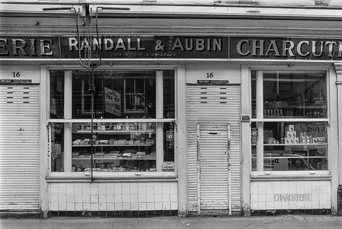 Randall & Aubin, Charcuterie, Brewer St, Soho, Westminster, 1987 87-2e-62-positive_2400 | by peter marshall