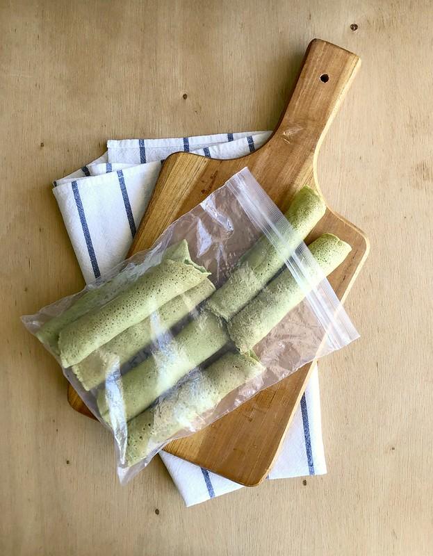 Panquecas de espinafre com recheio de abobrinha e queijo
