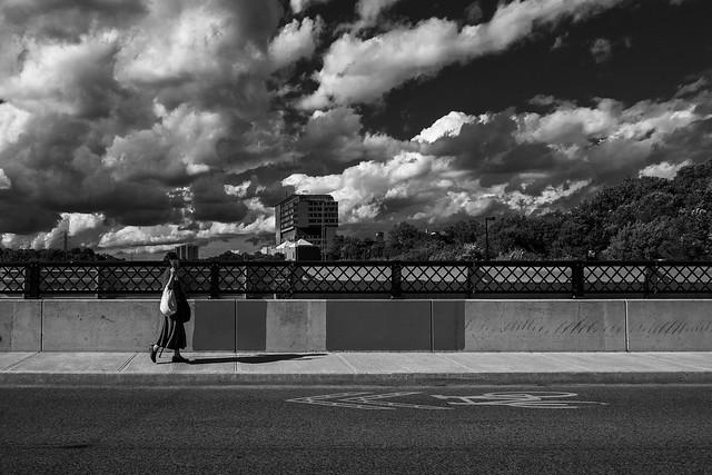 woman_red-skirt_bridge_bridgepoint_01bw