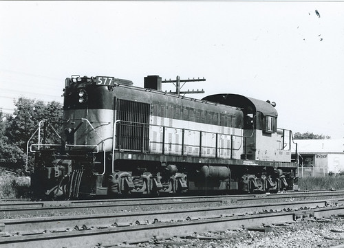 577 sits on a siding close to chicago, temporarily delaying its appointment at the breaker's yard
