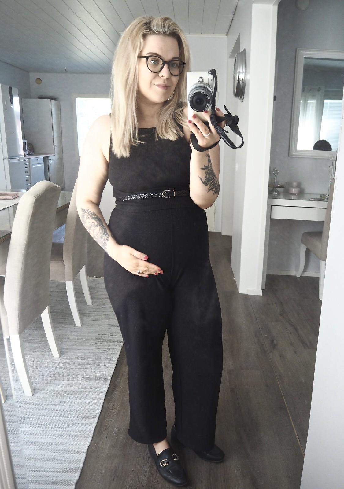 rv 23 raskauden puoliväli keskiraskaus selkäkipu sairasloma kristiina laakso