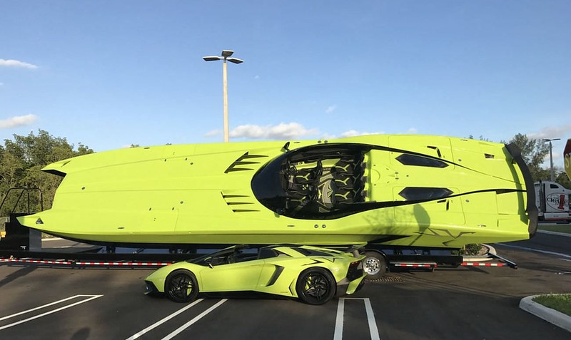 Lamborghini-Aventador-Superveloce-Speedboat-1