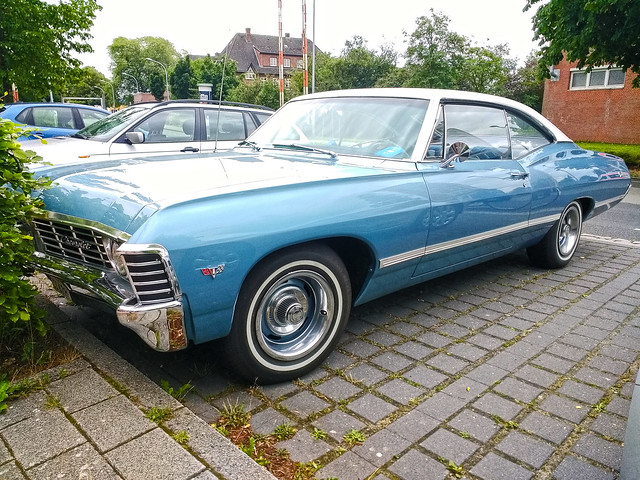 Chevrolet Impala Fastback Sport Coupé 1967 (144142728)