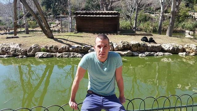 assaf henigsberg אסף הניגסברג טיול לירושלים גן החיות התנכי  ירושלים סיור  גנים חיות  ישראלית עכשווית מודרנית טיול פארק בגן מנחת biblical zoo משפחת טיש