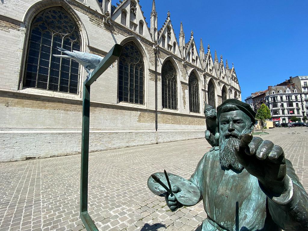 The statue of Bruegel in Brussels