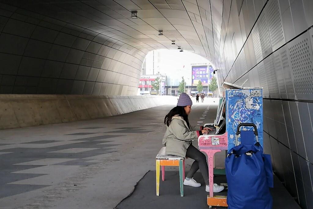 Dongdaemun Design Plaza Street Piano