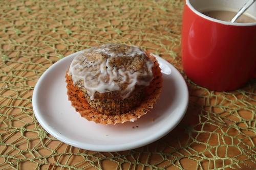 Möhren-Haselnuss-Muffin bei Kaffeepause