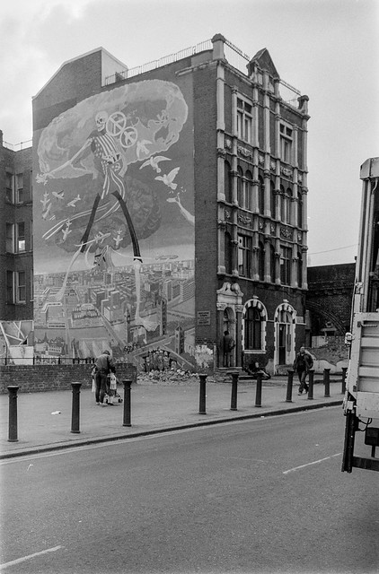Mural, Coldharbour Lane, Brixton, Lambeth, 1987 87-2o-35-positive_2400