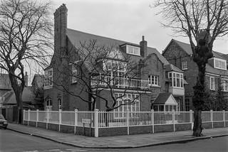 Blenheim Rd, Woodstock Rd, , Bedford Park, Turnham Green, Ealing,  Hounslow, 1987 87-2n-45-positive_2400