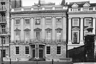 Lincolns Inn Fields, Holborn, Camden, 198787-2m-26-positive_2400