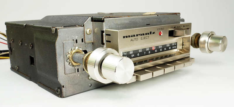 RD28745 Rare 1978 Silverface Marantz AM-FM Cassette Car Stereo CAR-300 in Original Box with Unused Faceplate DSC08534