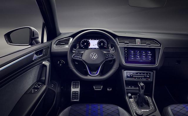 2021-VW-Tiguan-26