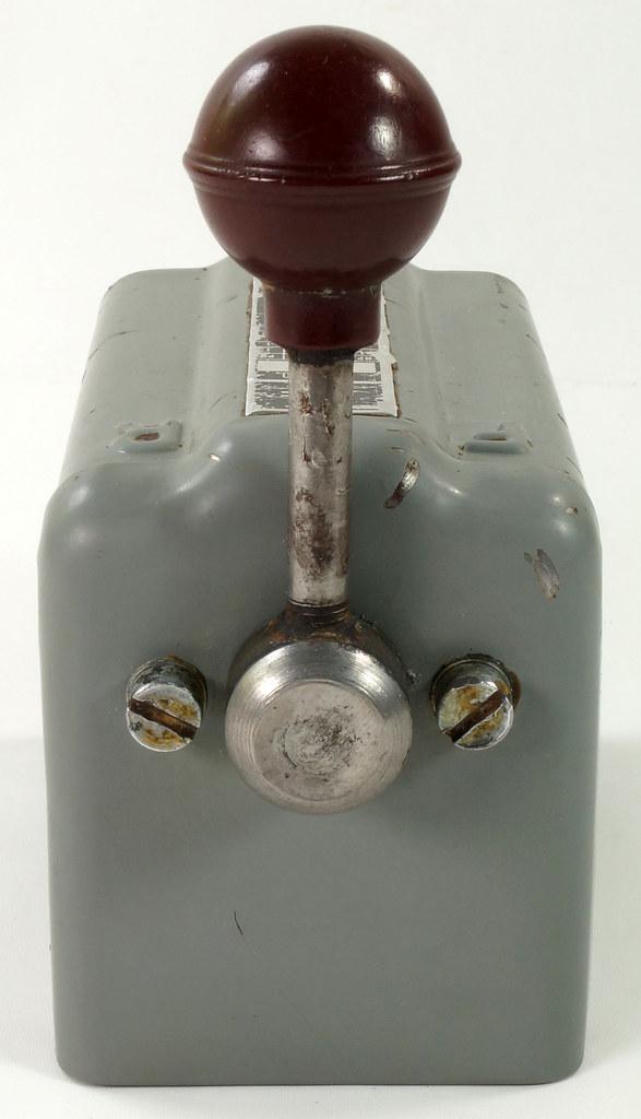 RD30573 Vintage Furnas Forward Reverse Controller Switch R-44 Logan Metal Lathe DSC08624
