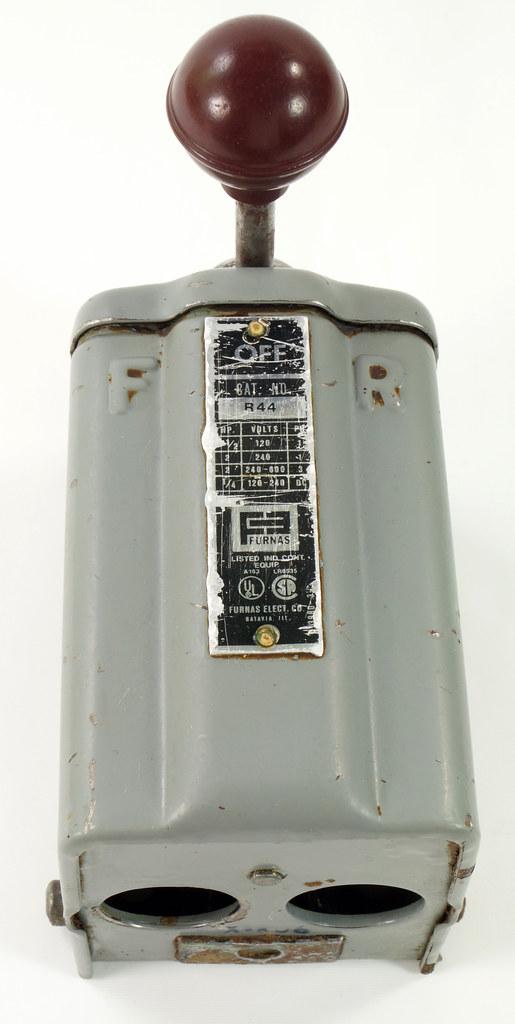 RD30573 Vintage Furnas Forward Reverse Controller Switch R-44 Logan Metal Lathe DSC08621