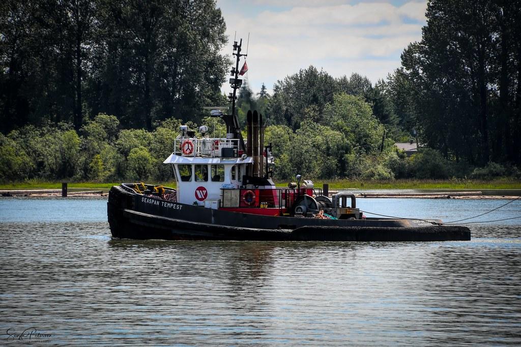 PACIFIC Tugboat SEASPAN TEMPEST (Pusher/Tug)