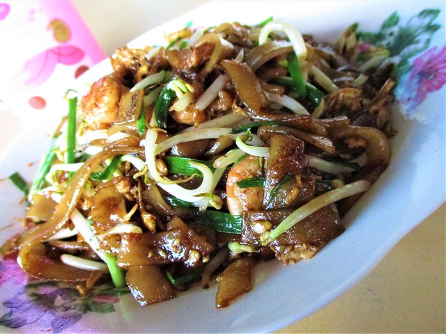 Happy Hours char kway teow 2