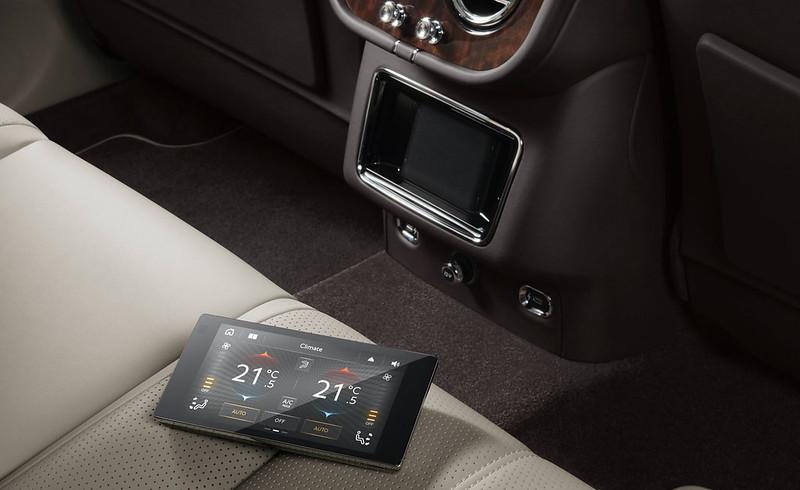 2021-Bentley-Bentayga-facelift-32