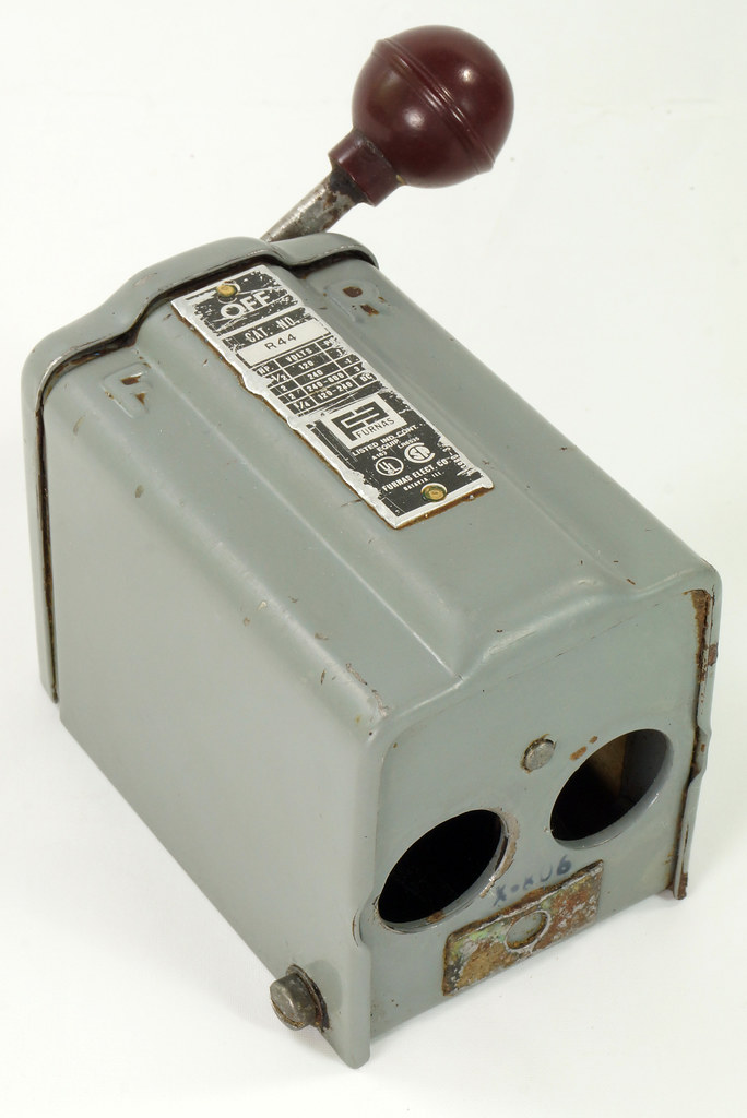 RD30573 Vintage Furnas Forward Reverse Controller Switch R-44 Logan Metal Lathe DSC08631