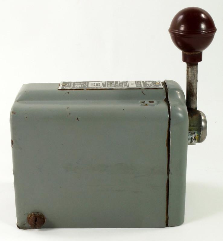RD30573 Vintage Furnas Forward Reverse Controller Switch R-44 Logan Metal Lathe DSC08626