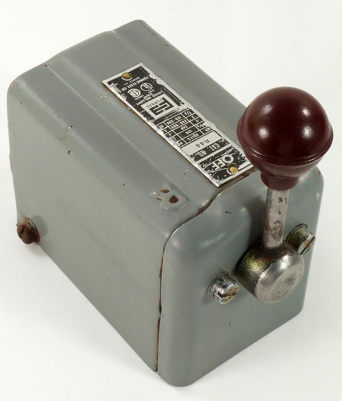 RD30573 Vintage Furnas Forward Reverse Controller Switch R-44 Logan Metal Lathe DSC08623
