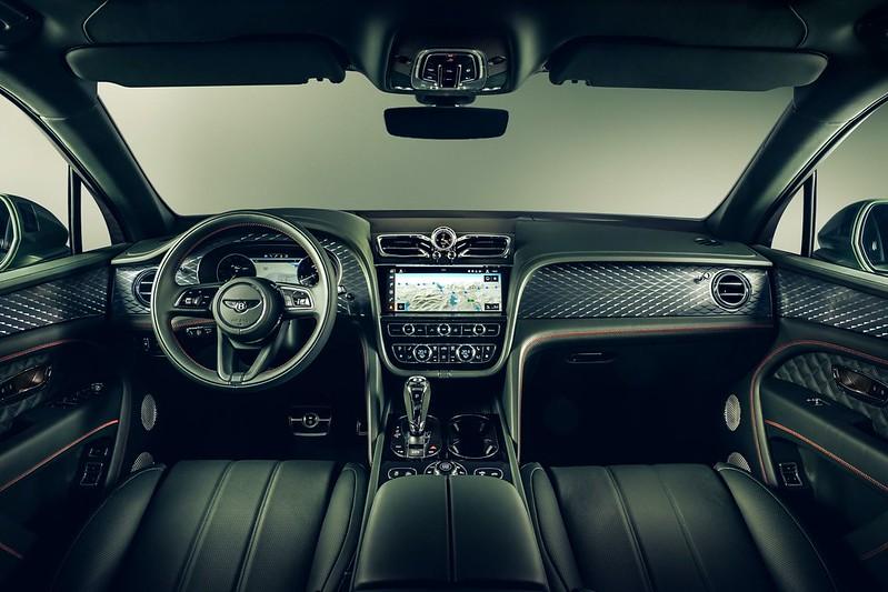 2021-Bentley-Bentayga-facelift-16