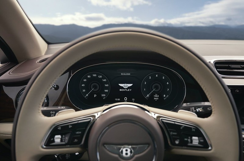 2021-Bentley-Bentayga-facelift-27