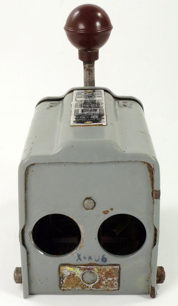 RD30573 Vintage Furnas Forward Reverse Controller Switch R-44 Logan Metal Lathe DSC08625