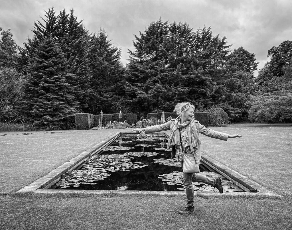 Monochrome Waterperry Gardens