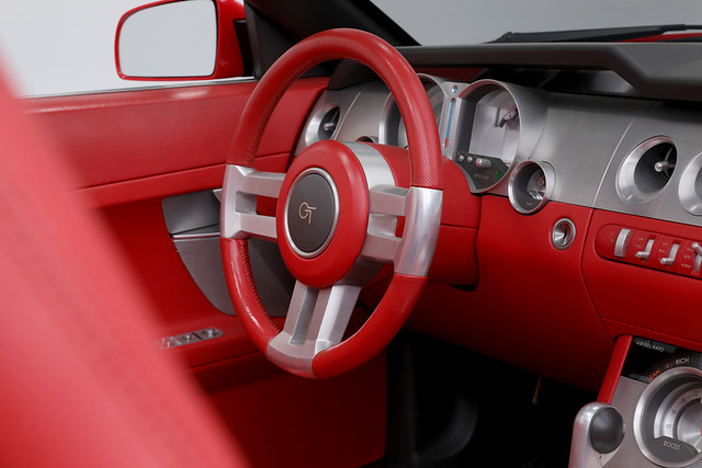 2003-Ford-Mustang-GT-Convertible-Concept-47