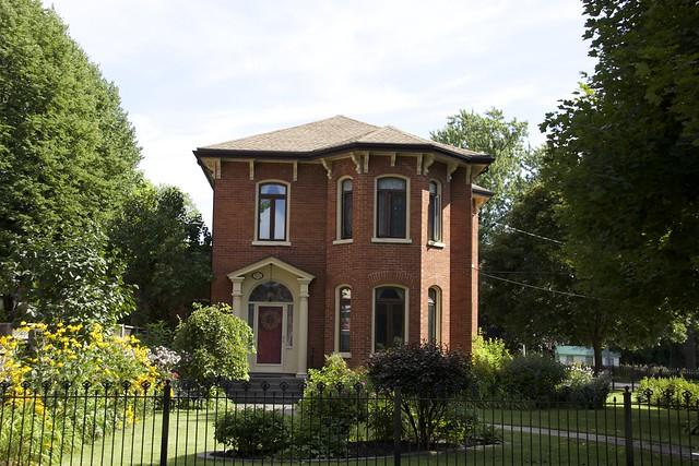 Belleville Ontario - Canada - 55 Queen Street  - Historic District District - Queen Anne Villa