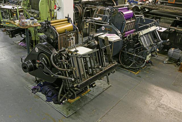 Thompson automatic press & Heidelberg automatic press