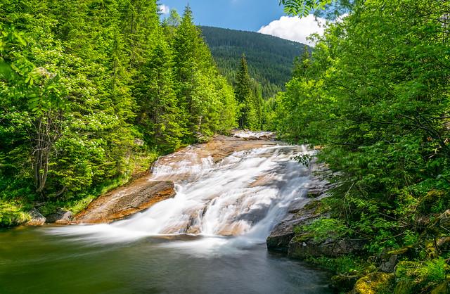 Plotnový vodopád
