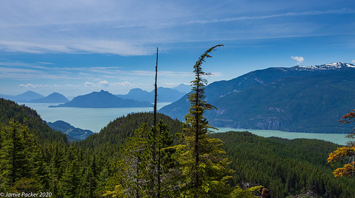 view hike bc lake canon6d squamish clouds trees summer june landsacpe canada howesound 2020 canon1635mmf28ef petgilllake mountain