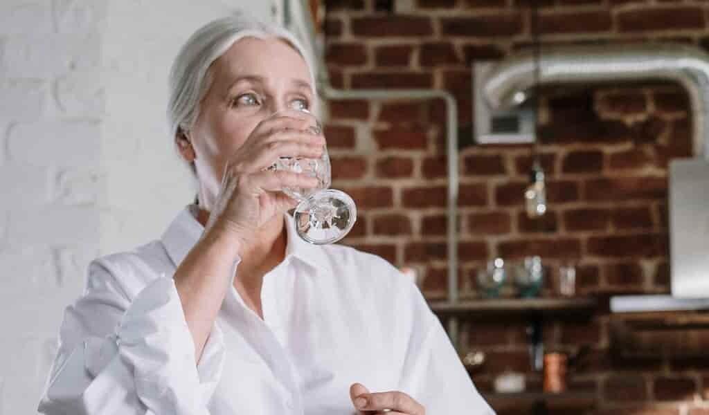 boire-un-peu-alcool-protège-les-fonctions-cérébrales