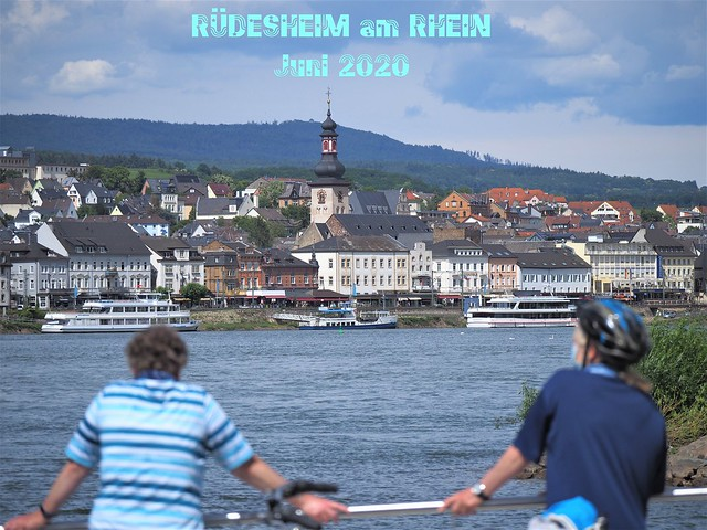 Ruedesheim on the River Rhine - with Ferry Boat from Bingen to Ruedesheim