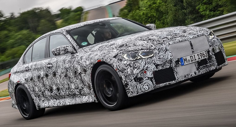 2021-BMW-M3-Sedan-2