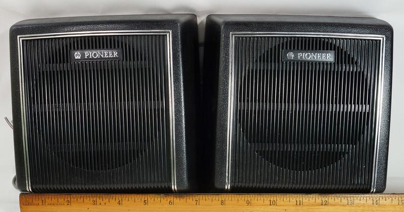 RD29659 Vintage 1968 Pioneer Car Stereo Speaker System TS-20 Pair in Original Box DSC08665