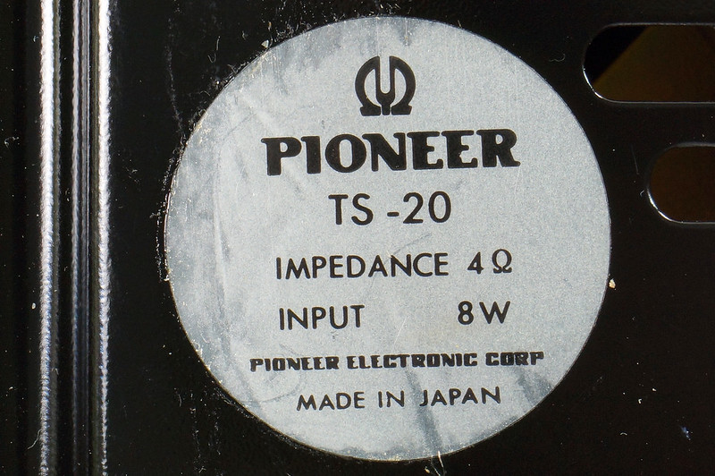 RD29659 Vintage 1968 Pioneer Car Stereo Speaker System TS-20 Pair in Original Box DSC08658