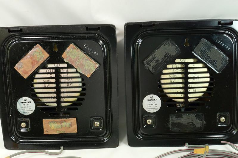 RD29659 Vintage 1968 Pioneer Car Stereo Speaker System TS-20 Pair in Original Box DSC08657
